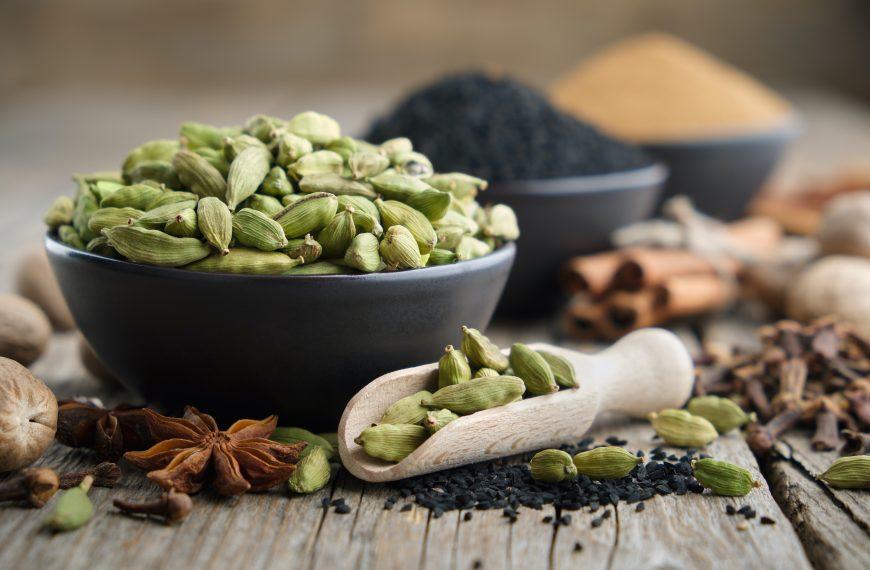 Cardamom – 11 Science Based Health Benefits